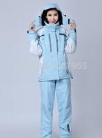 Rapid transit new women's outdoor sportswear suit warm wind and waterproof ski suit jacket mountaineering set