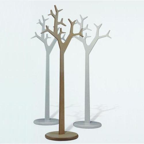 Вешалка напольная для одежды из дерева своими руками