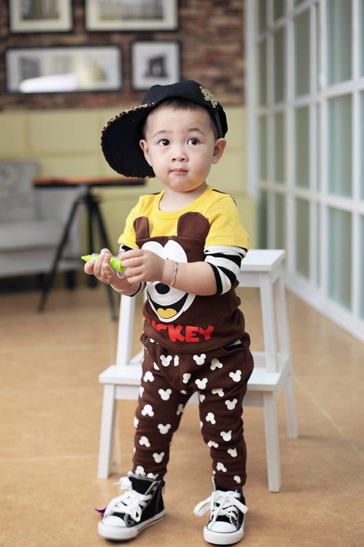 baby boys autumn cartoon suits mickey sweatshirt +trousers casual children sets(China (Mainland))