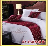 2015 Damask Print Gold Table Runner Oval Kitchen Tables European Luxury Bed Runner 50cm X 240cm + 2pcs Hotel Bedding Pillowcase
