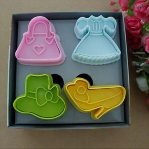 hot!!! 4pcs/set 3 d cookie mold Baking mold Cartoon fashion girl Hat shoe bag Cake tool Color box packaging 03067(China (Mainland))