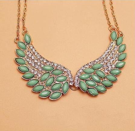 Elegant Loving Angel wing necklace Wholesale