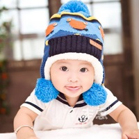 New 2014 Christmas Child hat plus velvet baby ear protector cap thickening Thermal winter Warm fashion baby hats caps 5colors