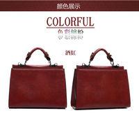 Korean version of the double-double zipper pocket retro styling oil leather handbag shoulder bag diagonal package package tide