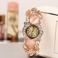 2014 New Fashion Ladies Elegant Bracelet Watch Luxury Full Stainless Steel Quartz Watch Charm Watch Women Dress Watch22082