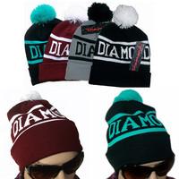 2014 Hot Winter Christmas Gift Gorro DIAMOND Letter 4 Colors Beanies Fashion Hat For Men Women Acrylic Caps Skull Beanies Pompon