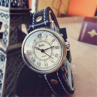 New Listing! Best-Selling Fashion Women Dress Retro Watches Unisex High Quality Leather Waterproof Quartz Watch