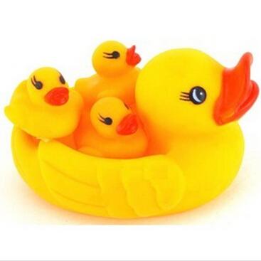 12 cm new baby kids bath toy duck swimming ring baby children swim toy 1 big buck and 3 small bucks free shiping(China (Mainland))