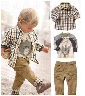 378 Free shipment plaid shirt + jeans + t-shirt +outer coat 3 piece kids clothing set Moq1set(China (Mainland))