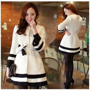 New Autumn Winter Women Woolen Blend Coat Classic Black And White Match Three Quarter Sleeve Temperament Long Wool Coat Hot Sell(China (Mainland))