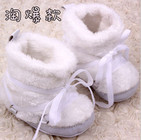Retail! 2014 Winter Baby Boots, High-quality Classic Fashion White Baby Shoes, Plush Warmth Baby First Walkers N-0132