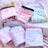 Free shipping Bohemian wind retro snowflake cotton ladies underwear mid waist women's underwear