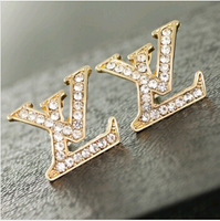 (At least $10) France Top quality Cheap Price Wholesale Full Zirconia Diamonds L Women Stud Earrings Free Shipping