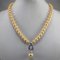 Pure quality AAA grade freshwater pearl necklace. Free shipping A-539