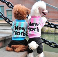 New York Pattern Four Feet Super Warm Striped Coral Velvetand Fashion Dog Coat Teddy Poodle Pet Cat Coat Clothes