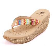 Hot Selling Women Wedge Beach Slippers Fashion Slip-on Platform Wedges Sandals for Women Comfortable Bohemia Ladies Flip Flops