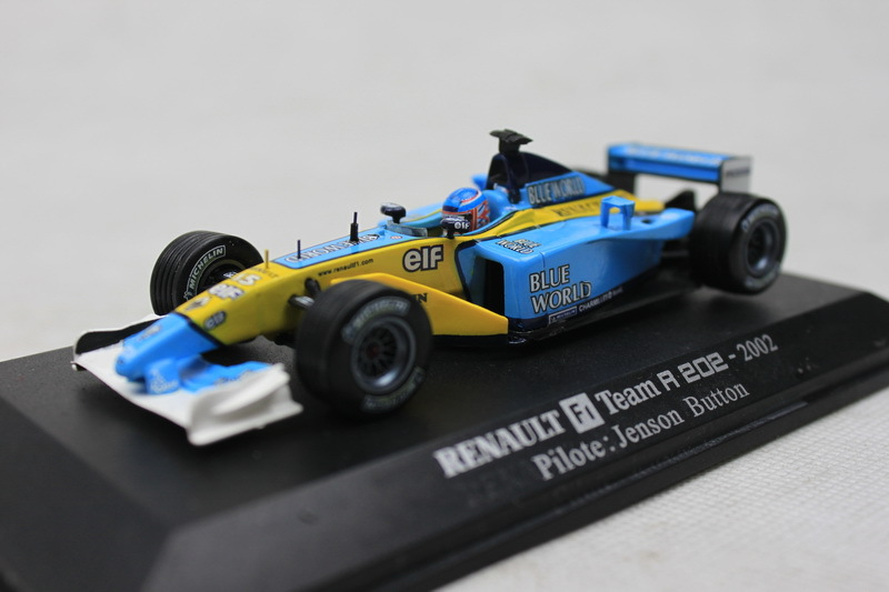 UH 1:43 RENAULT F1 Team R 202-2002 Renault F1 Team alloy model car toy(China (Mainland))