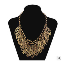Designer Vintage 4 Colors Alloy Hollow Out Leaves Tassel Pendant Women Choker Collar Statement Necklace Clavicle Chain