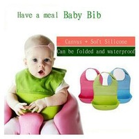 1 Piece Wholesale Foldable Baby Bibs Three-dimensional Soft Silicone Newborn Bib Easy To Wash Hot 4 Colors Sell Free Shipping