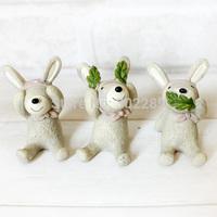 Resin animal statues rabbit decoration animal door decoration