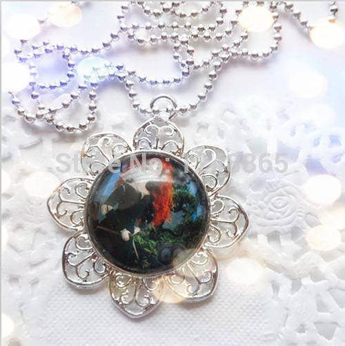 Selling kids Brave princess Merida cartoon snowflake-bottlecap pendants child alloy stainless steel chain necklace!!(China (Mainland))