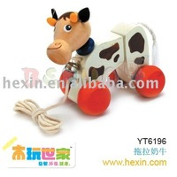 <BENHO/HIGH QUALITY WOODEN TOY>Rolling Cow ( cow toy, plush cow,toy cow )
