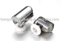 Chrome plate Single shower room roller (HS069)