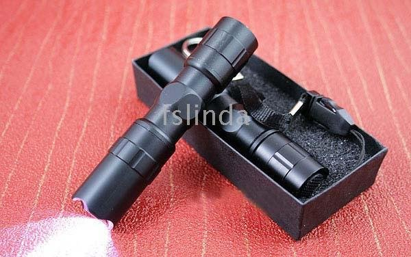Promotion! Mini 3W Police high brightness LED Flashlight Hand Torch(China (Mainland))