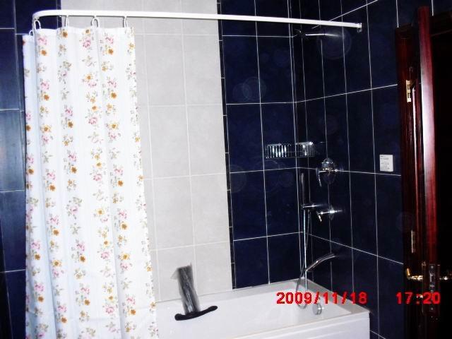 Rideau de douche nouveaux p les dans tringles rideaux de for Tringle a rideau de douche