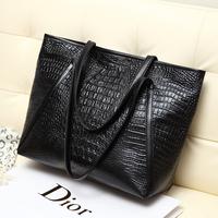 "Free shipping 2014 new black large capacity bag fashion leisure hand the bill of lading shoulder handbag ""women messenger bags"