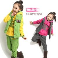 Children's clothing female child autumn and winter 2014 child sweatshirt m word flag piece set plus velvet thickening