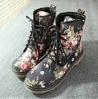 Free shipping women flower vintage flat heel motorcycle boots,fashion women's martin boots