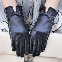 Genuine leather gloves women's suede gloves plus velvet thickening winter thermal genuine leather gloves women's leather gloves