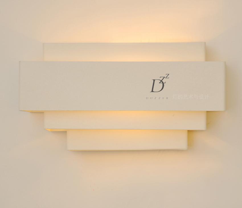 Brief modern fashion home furnishings ofhead led white wall lamp Iron material E27 Base(China (Mainland))