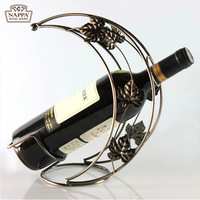 Moon Boat Iron Wine Rack Fashion Classical Tan Vines Wine Holders