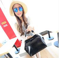 Clip women's handbag