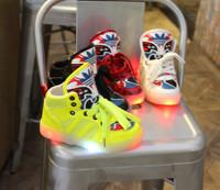 Fashion boys/girls sneaker autumn luminous children shoes flashing shoes boots kids  led lighting child casual shoes kids boots