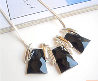 New 2014 Hot Selling European And American 3 Colours Geometric exaggeration Necklaces & Pendants Jewelry For Women MD1153