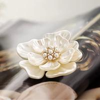 Retro pearl flower corsage brooch female jewelry accessories