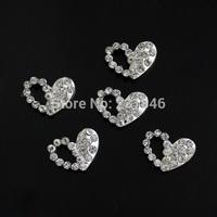 30pcs/lot Silver 3D Nail Alloy Love Heart Clear Rhinestones Crystal Flatback Nail Art Tip Cellphone DIY Decoration Salon Jewelry