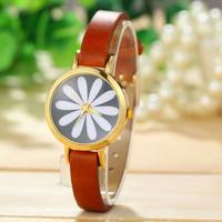 Charming Women Flower Watches Stylish Golden Dial Leather Strap Smart Watch Women Dress Watches
