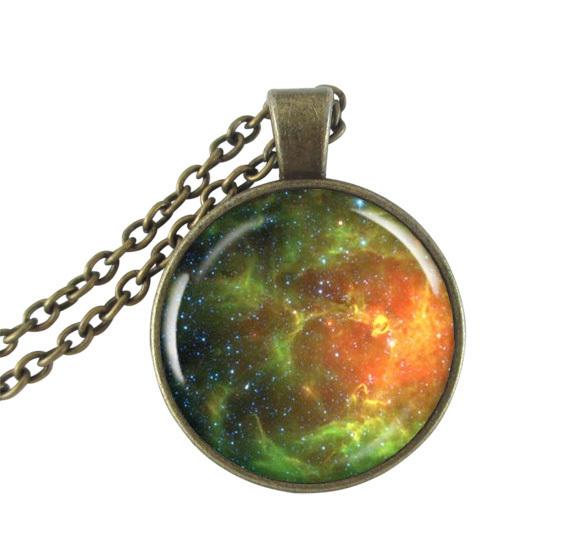 Nébuleuse collier pendentif Charm espace télescope Hubble image nébuleuse Photo pendentif bijoux(China (Mainland))