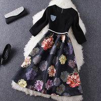 2014 new Beaded brooch black knit stitching print dress