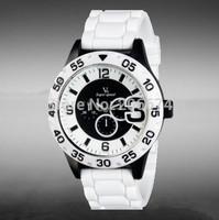 New V6 Unisex Outdoor Sports Quartz watch men luxury brand military watch watches women fashion luxury watch free shipping