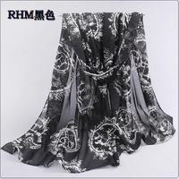 The new H circle drawn carriage printing velvet chiffon silk scarf wholesale