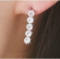 Free Shipping Simple and Elegant Fashion Jewelry Exquisite Wild New Little Star Earrings C28R16 (Hot Selling)