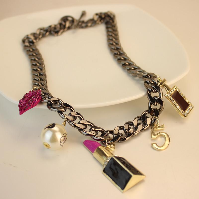 Lipstick perfume bottle chain short design necklace female vintage fashion decoration(China (Mainland))