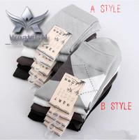 Fashion New Brand socks Bamboo Fiber High quality Business warm Men's sports winter sock casual Autumn christmas Diamond Pattern