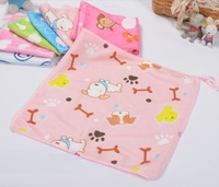 2014 NEW 25*25cm 100% Microfiber Fabric Soft Hand Towel for Kids Bibs and Kitchen Cleaning cloths  & Color random