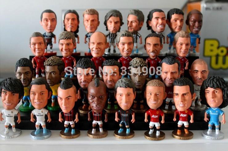 10pcs-LOT-FOOTBALL-2-5-Figurine-Campuran-Order-Doll-Toy-Gambar-2013-2014-Musim.jpg